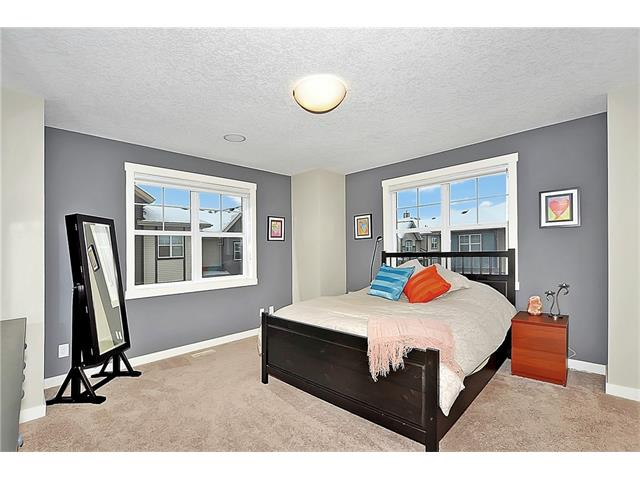 Photo 16: 804 MCKENZIE TOWNE Common SE in Calgary: McKenzie Towne House for sale : MLS(r) # C4084559