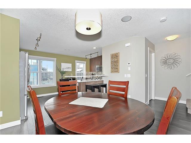 Photo 7: 804 MCKENZIE TOWNE Common SE in Calgary: McKenzie Towne House for sale : MLS(r) # C4084559