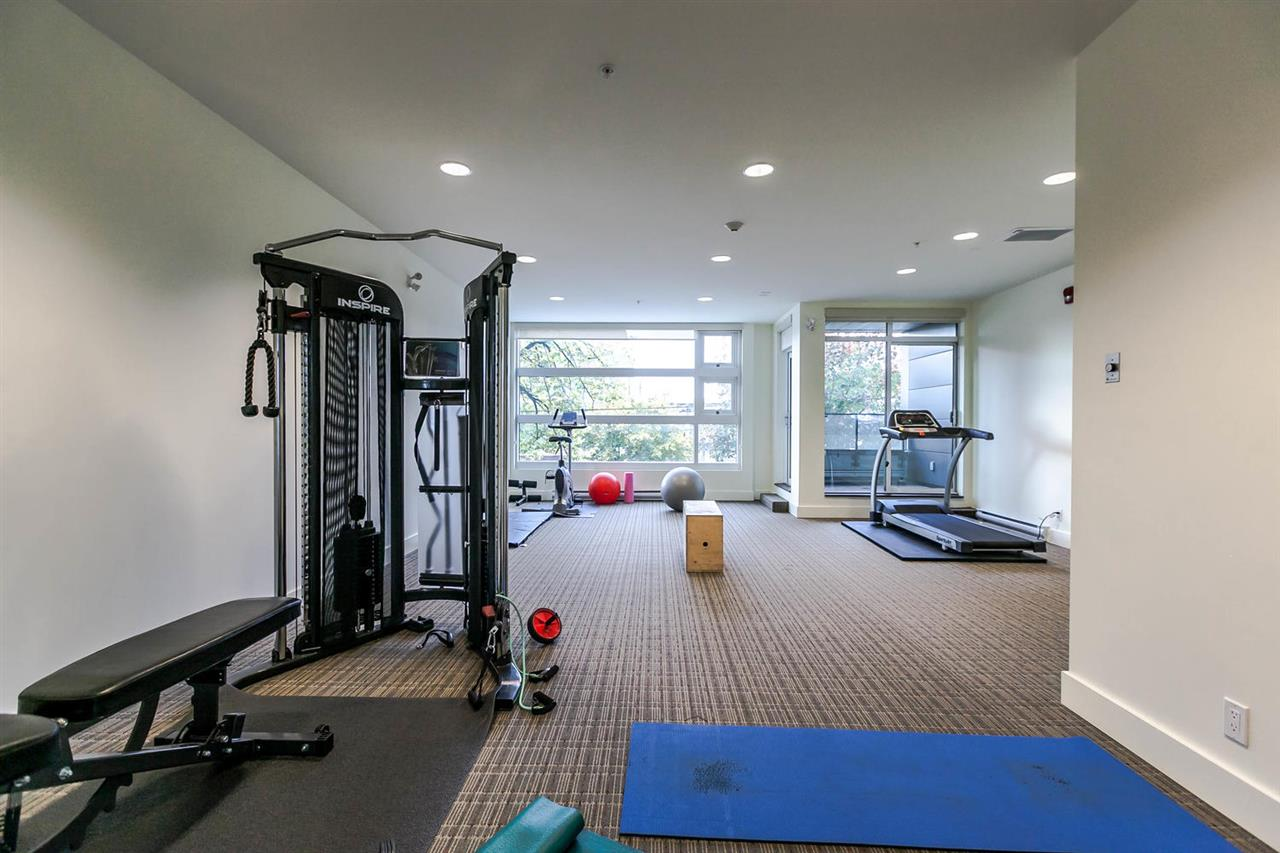 "Photo 17: 220 2250 COMMERCIAL Drive in Vancouver: Grandview VE Condo for sale in ""MARQUEE"" (Vancouver East)  : MLS® # R2115569"