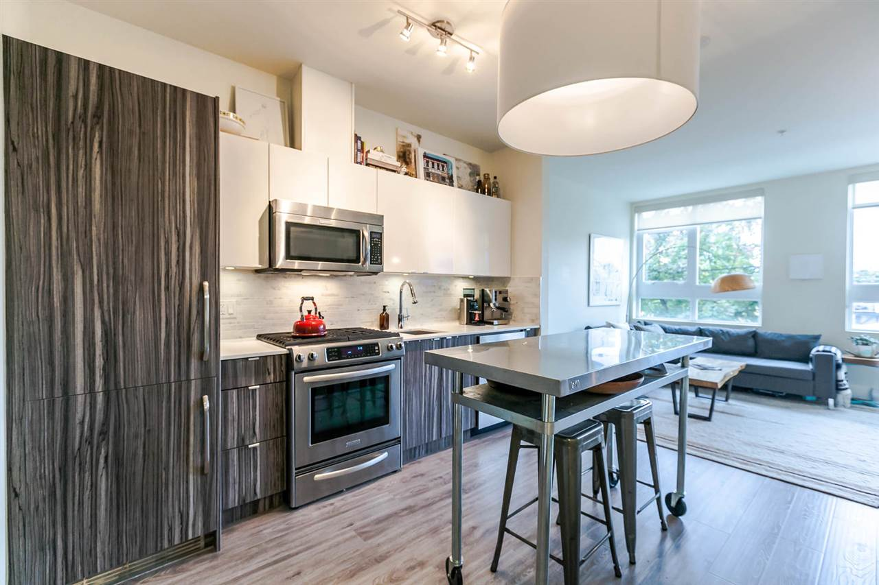 "Main Photo: 220 2250 COMMERCIAL Drive in Vancouver: Grandview VE Condo for sale in ""MARQUEE"" (Vancouver East)  : MLS® # R2115569"