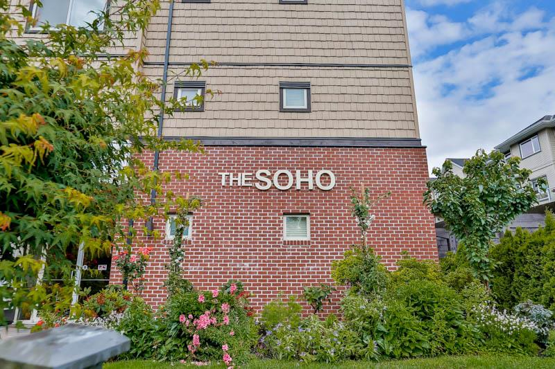 "Main Photo: 105 8168 120A Street in Surrey: Queen Mary Park Surrey Condo for sale in ""SOHO"" : MLS®# R2118793"