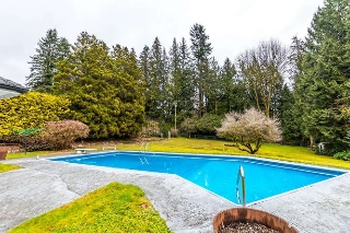 "Main Photo: 557 HADDEN Drive in West Vancouver: British Properties House for sale in ""British Properties"" : MLS(r) # R2140213"