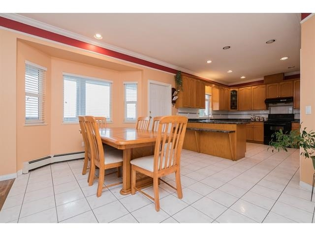 Photo 10: 3537 SUMMIT Drive in Abbotsford: Abbotsford West House for sale : MLS(r) # R2140843