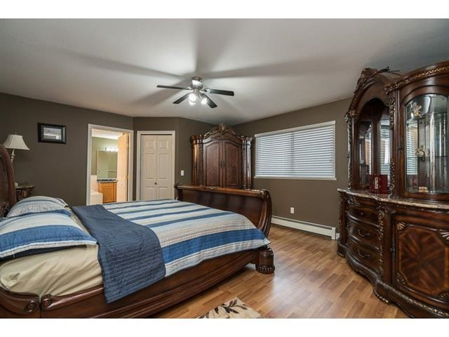 Photo 13: 3537 SUMMIT Drive in Abbotsford: Abbotsford West House for sale : MLS(r) # R2140843