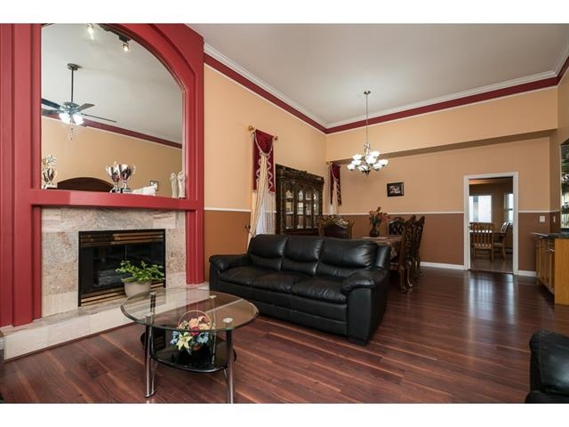 Photo 5: 3537 SUMMIT Drive in Abbotsford: Abbotsford West House for sale : MLS(r) # R2140843