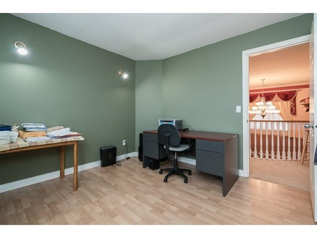 Photo 16: 3537 SUMMIT Drive in Abbotsford: Abbotsford West House for sale : MLS(r) # R2140843