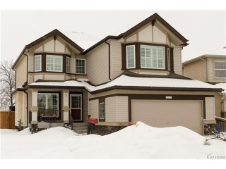 Main Photo: 151 St Moritz Road in Winnipeg: All Season Estates Residential for sale (3H)  : MLS® # 1704693