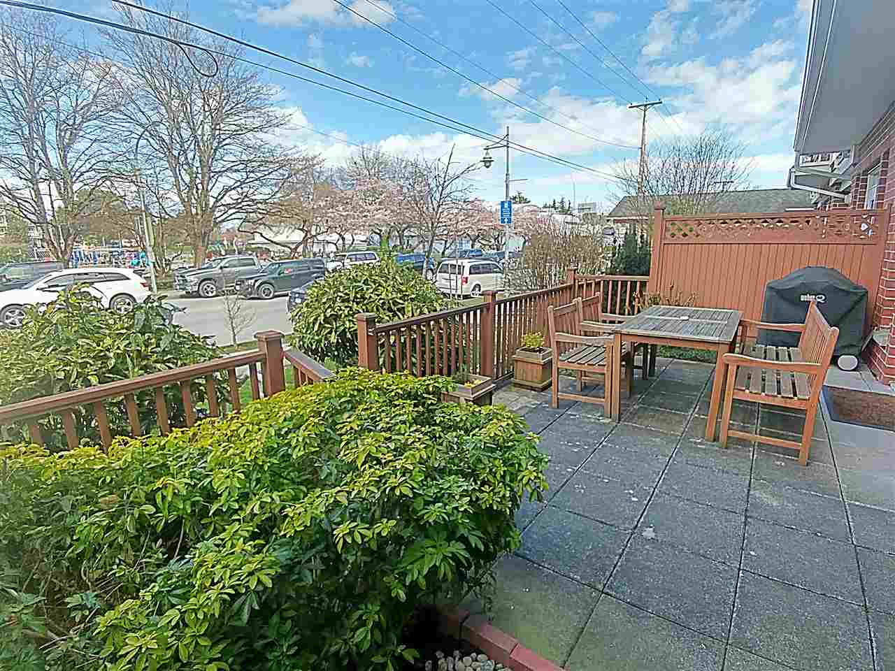 "Main Photo: 116 4280 MONCTON Street in Richmond: Steveston South Townhouse for sale in ""THE VILLAGE"" : MLS®# R2150264"