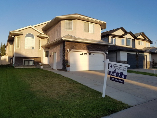 Main Photo: 16425 61A Street in Edmonton: Zone 03 House for sale : MLS® # E4059168