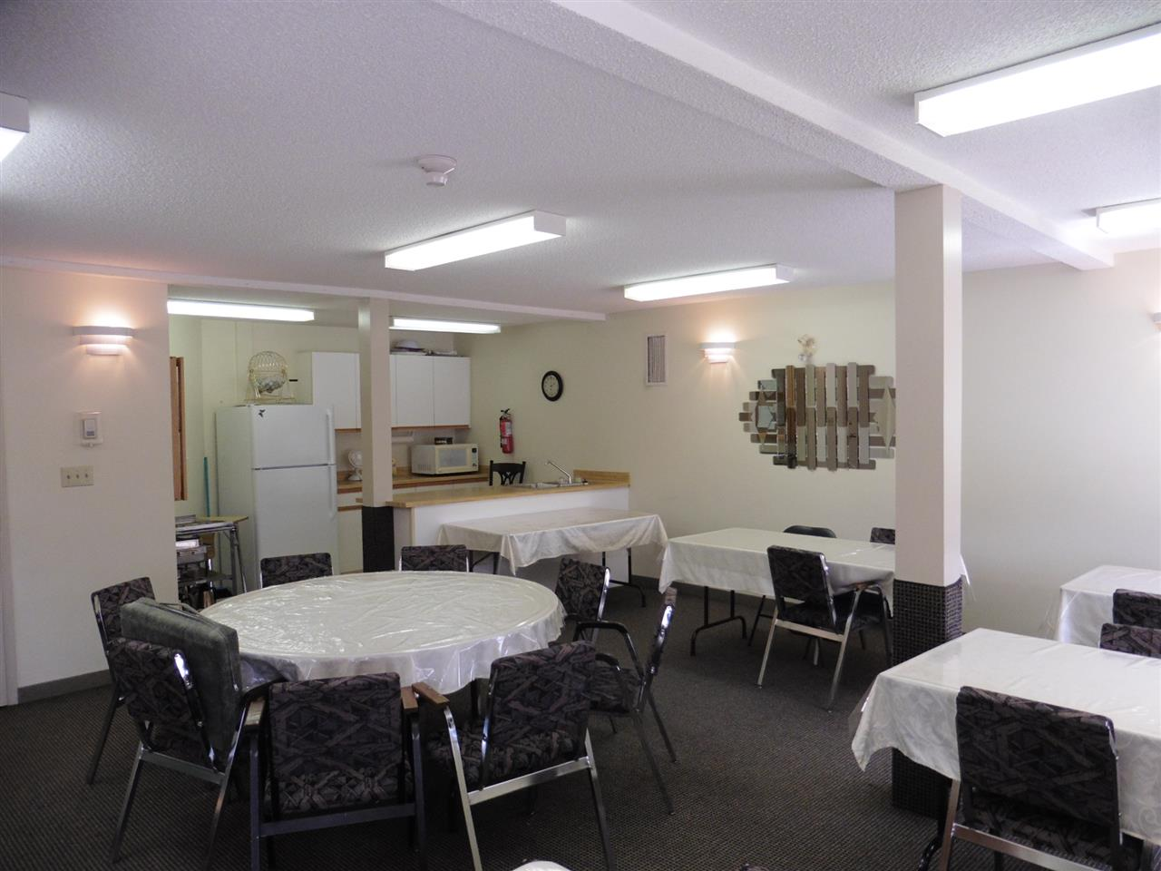 Social Room/Activities Room for larger family gatherings!