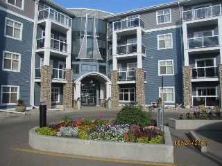 Main Photo:  in Edmonton: Zone 27 Condo for sale : MLS® # E4070791