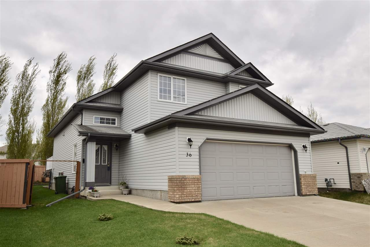 Main Photo: 36 NEWPORT Crescent: St. Albert House for sale : MLS(r) # E4073938
