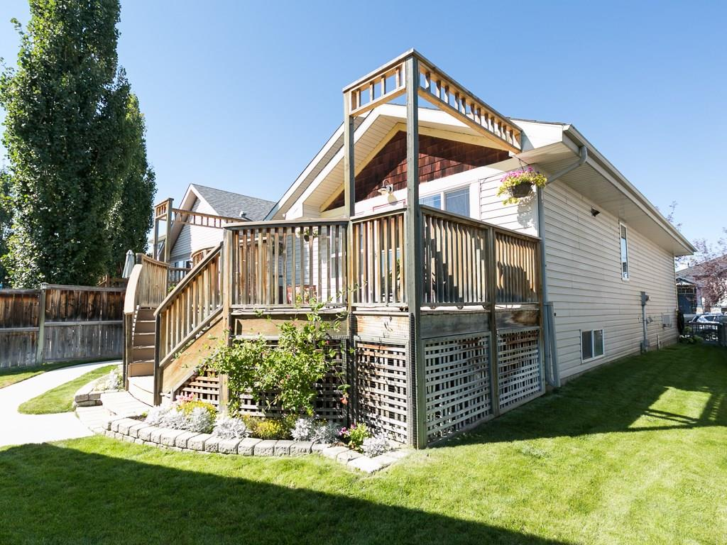 Photo 3: 138 PRESTWICK Landing SE in Calgary: McKenzie Towne House for sale : MLS® # C4134520