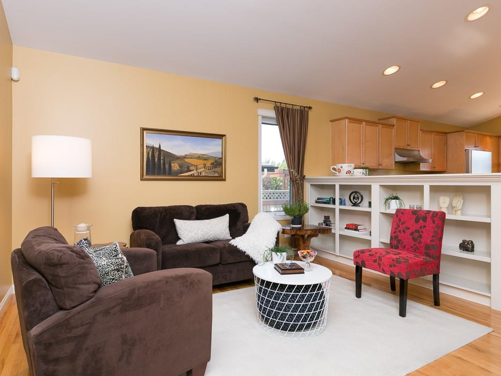 Photo 14: 138 PRESTWICK Landing SE in Calgary: McKenzie Towne House for sale : MLS® # C4134520