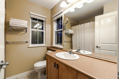 "Photo 18: 133 FERNWAY Drive in Port Moody: Heritage Woods PM House 1/2 Duplex for sale in ""ECHO RIDGE"" : MLS® # R2204262"
