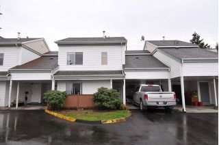 "Main Photo: 2 21707 DEWDNEY TRUNK Road in Maple Ridge: West Central Townhouse for sale in ""MAPLE VILLAS"" : MLS® # R2223226"