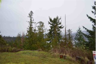 Main Photo: 5789 MARINE Way in Sechelt: Sechelt District Home for sale (Sunshine Coast)  : MLS® # R2233135