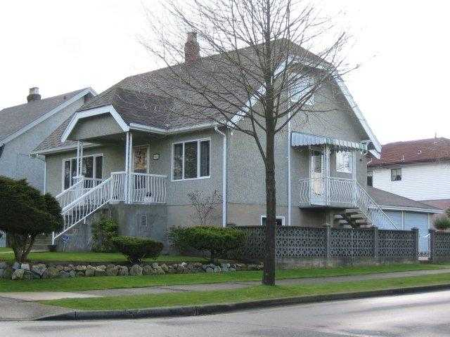 Main Photo: 1405 KAMLOOPS Street in Vancouver: Renfrew VE House for sale (Vancouver East)  : MLS® # V884262