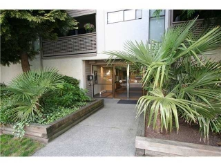 Main Photo: 402 423 AGNES Street in New Westminster: Downtown NW Condo for sale : MLS(r) # V1007421