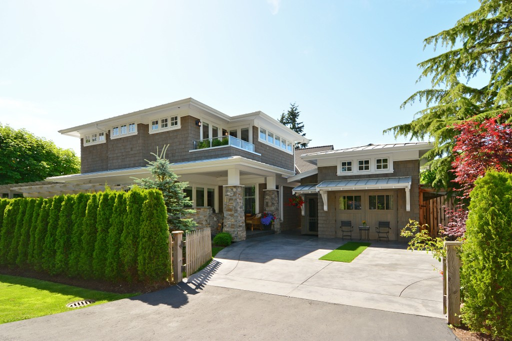 "Main Photo: 12261 SULLIVAN Street in Surrey: Crescent Bch Ocean Pk. House for sale in ""Crescent Beach"" (South Surrey White Rock)  : MLS® # F1443918"