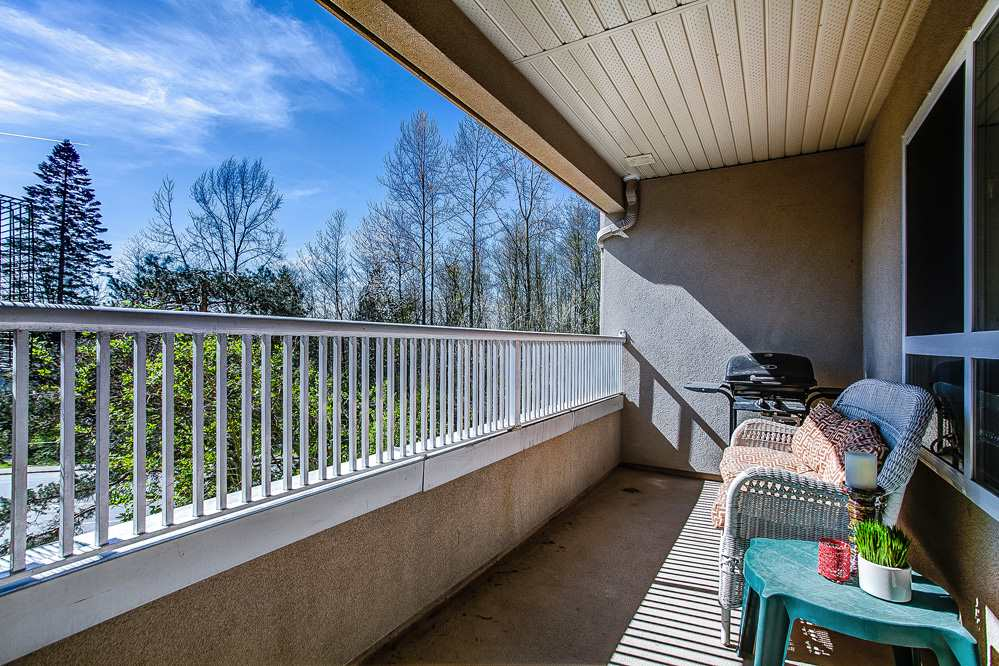 "Photo 11: 404 22230 NORTH Avenue in Maple Ridge: West Central Condo for sale in ""SOUTHRIDGE TERRACE"" : MLS® # R2040890"