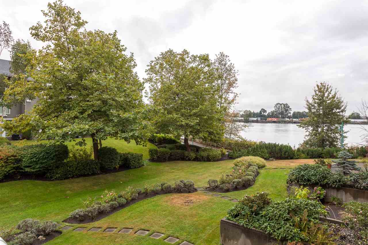 "Main Photo: 209 2080 E KENT AVENUE SOUTH in Vancouver: Fraserview VE Condo for sale in ""TUGBOAT LANDING"" (Vancouver East)  : MLS(r) # R2105650"