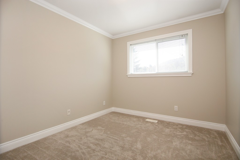 Photo 13: 34930 MT BLANCHARD Drive in Abbotsford: Abbotsford East House for sale : MLS(r) # R2110634