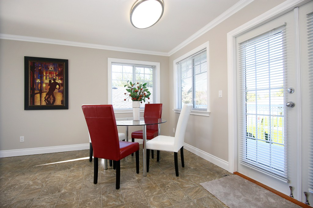 Photo 8: 34930 MT BLANCHARD Drive in Abbotsford: Abbotsford East House for sale : MLS(r) # R2110634