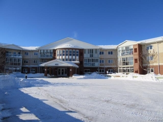 Main Photo: 495 Lindenwood Drive East in Winnipeg: Linden Woods Condominium for sale (1M)  : MLS(r) # 1700726