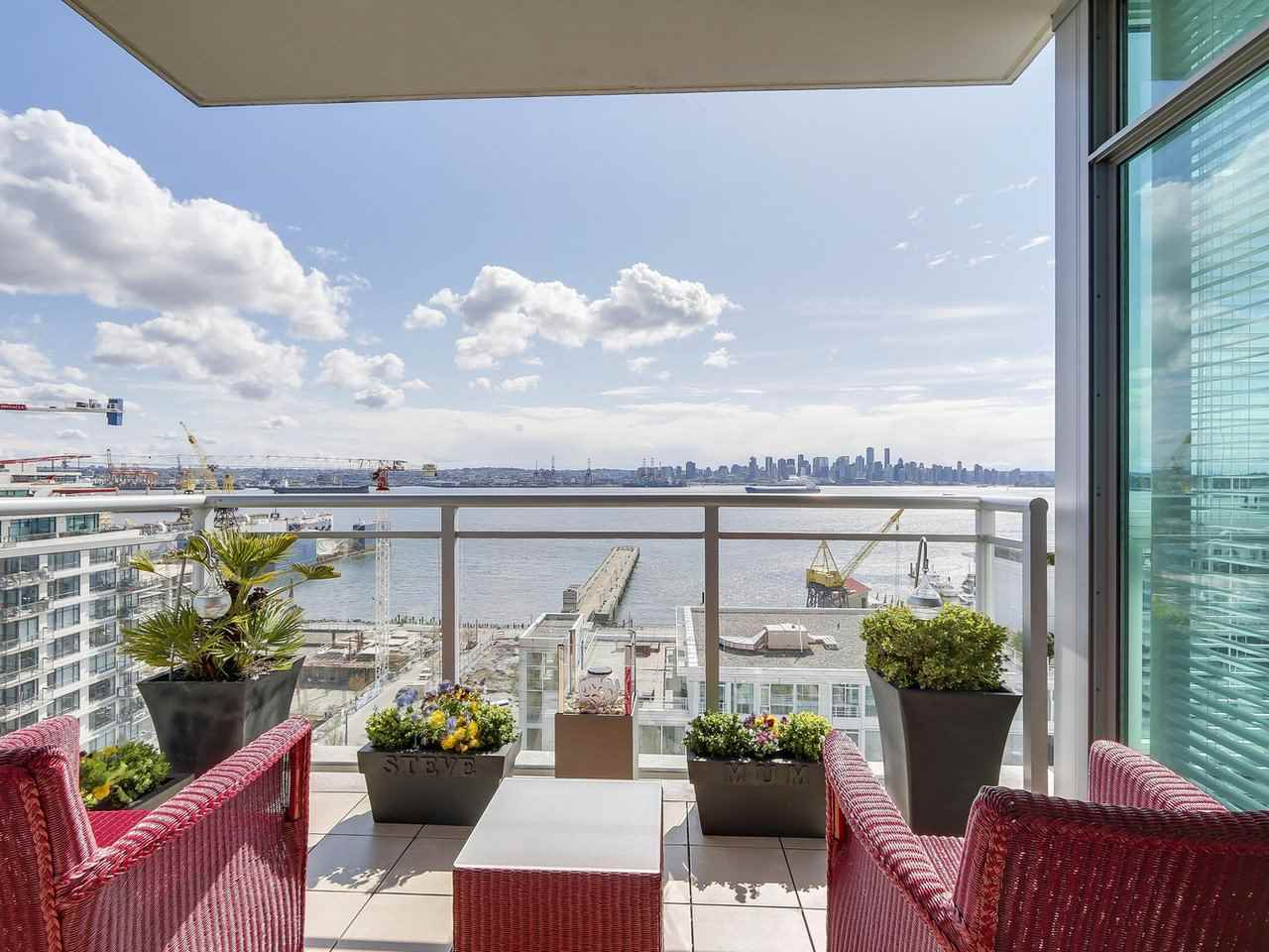 "Main Photo: 1402 138 E ESPLANADE in North Vancouver: Lower Lonsdale Condo for sale in ""PREMIER AT THE PIER"" : MLS(r) # R2161323"