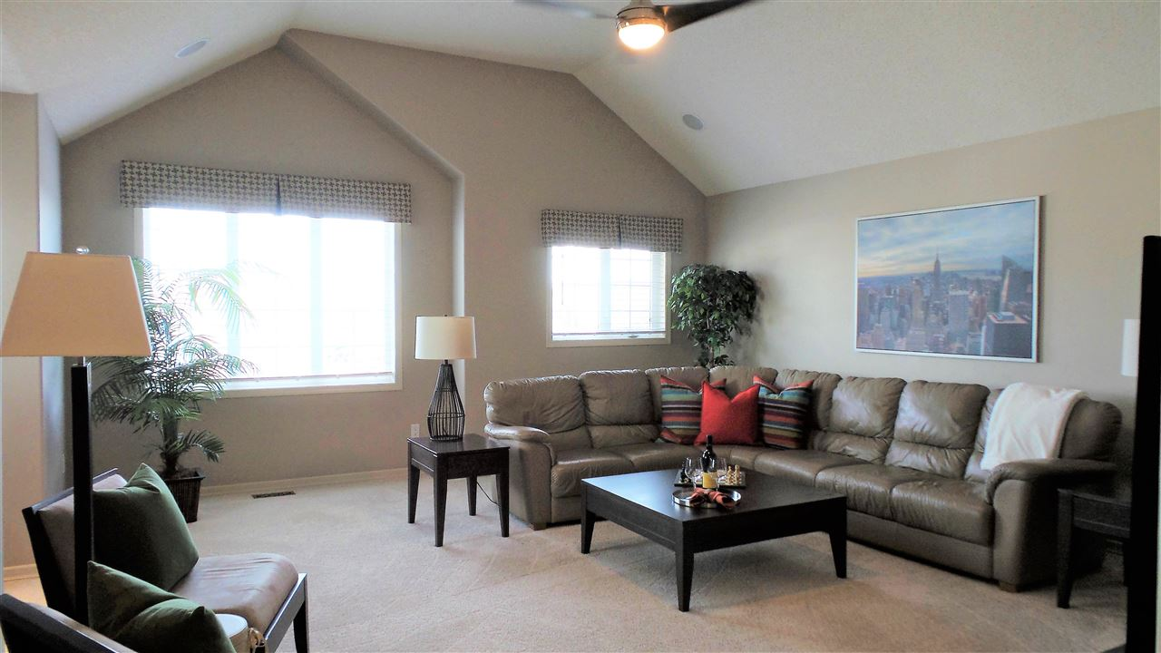 Photo 10: 1209 SUMMERSIDE Drive in Edmonton: Zone 53 House for sale : MLS(r) # E4062384