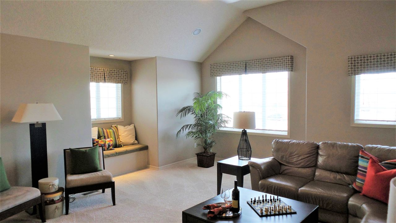 Photo 11: 1209 SUMMERSIDE Drive in Edmonton: Zone 53 House for sale : MLS(r) # E4062384