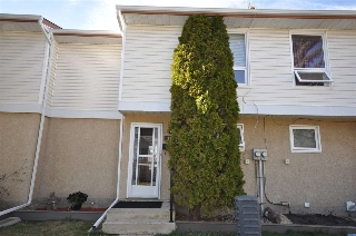 Main Photo: 11 9310 Morinville Drive: Morinville Townhouse for sale : MLS® # E4062484