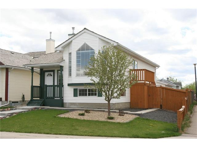FEATURED LISTING: 416 MT ABERDEEN Close Southeast Calgary