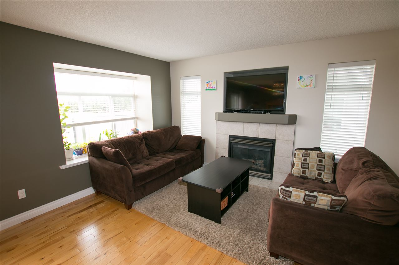 Photo 6: 8 200 ERIN RIDGE Drive: St. Albert Townhouse for sale : MLS(r) # E4068565