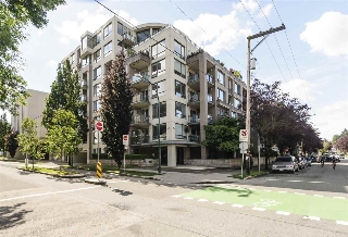 "Main Photo: 204 1888 YORK Avenue in Vancouver: Kitsilano Condo for sale in ""YORKVILLE NORTH"" (Vancouver West)  : MLS(r) # R2179959"