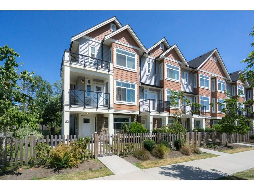 "Main Photo: 22 12091 70 Avenue in Surrey: West Newton Townhouse for sale in ""THE WALKS"" : MLS®# R2190160"