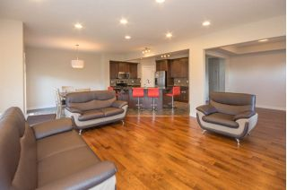 Main Photo: 1461 WATES Link in Edmonton: Zone 56 House for sale : MLS® # E4084899