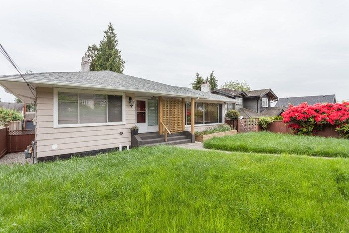 Main Photo: 2250 HAYWOOD Avenue in West Vancouver: Dundarave House for sale : MLS® # R2221621