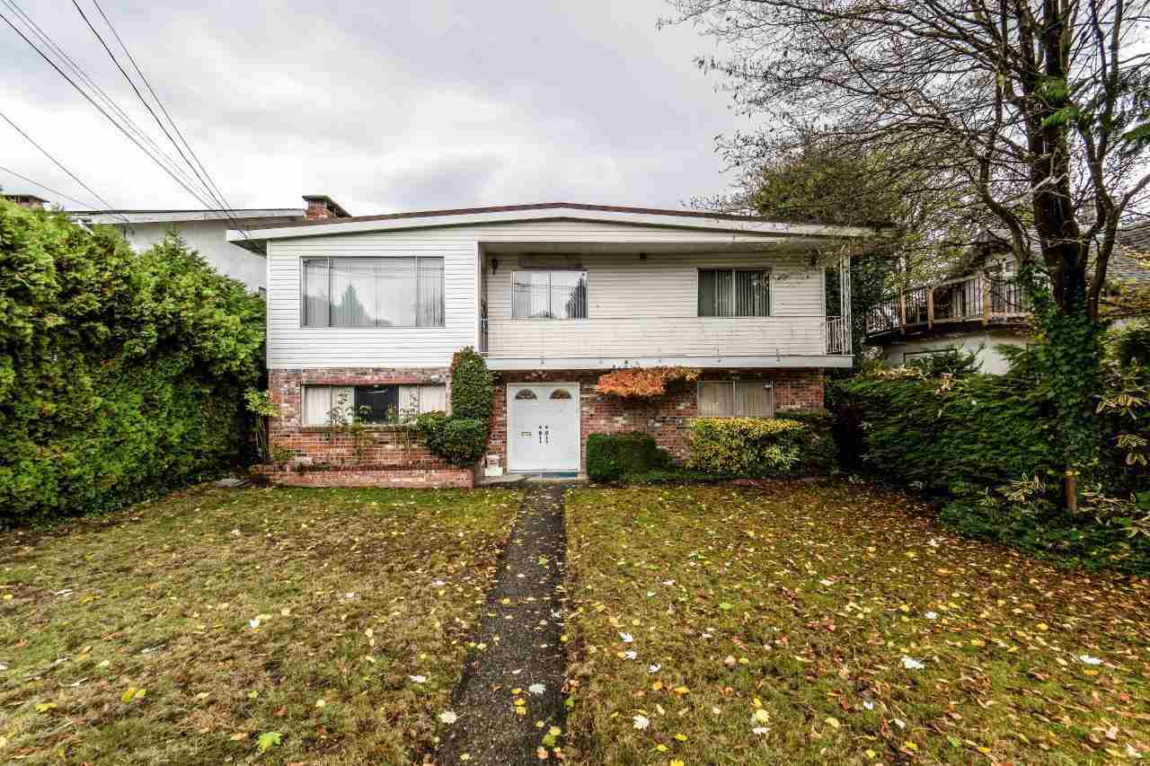 Main Photo: 7008 WAVERLEY Avenue in Burnaby: Metrotown House for sale (Burnaby South)  : MLS® # R2221789