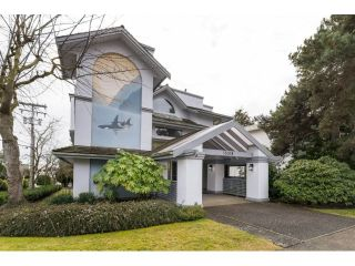 "Main Photo: 102 15018 THRIFT Avenue: White Rock Condo for sale in ""Orca Vista"" (South Surrey White Rock)  : MLS® # R2230528"