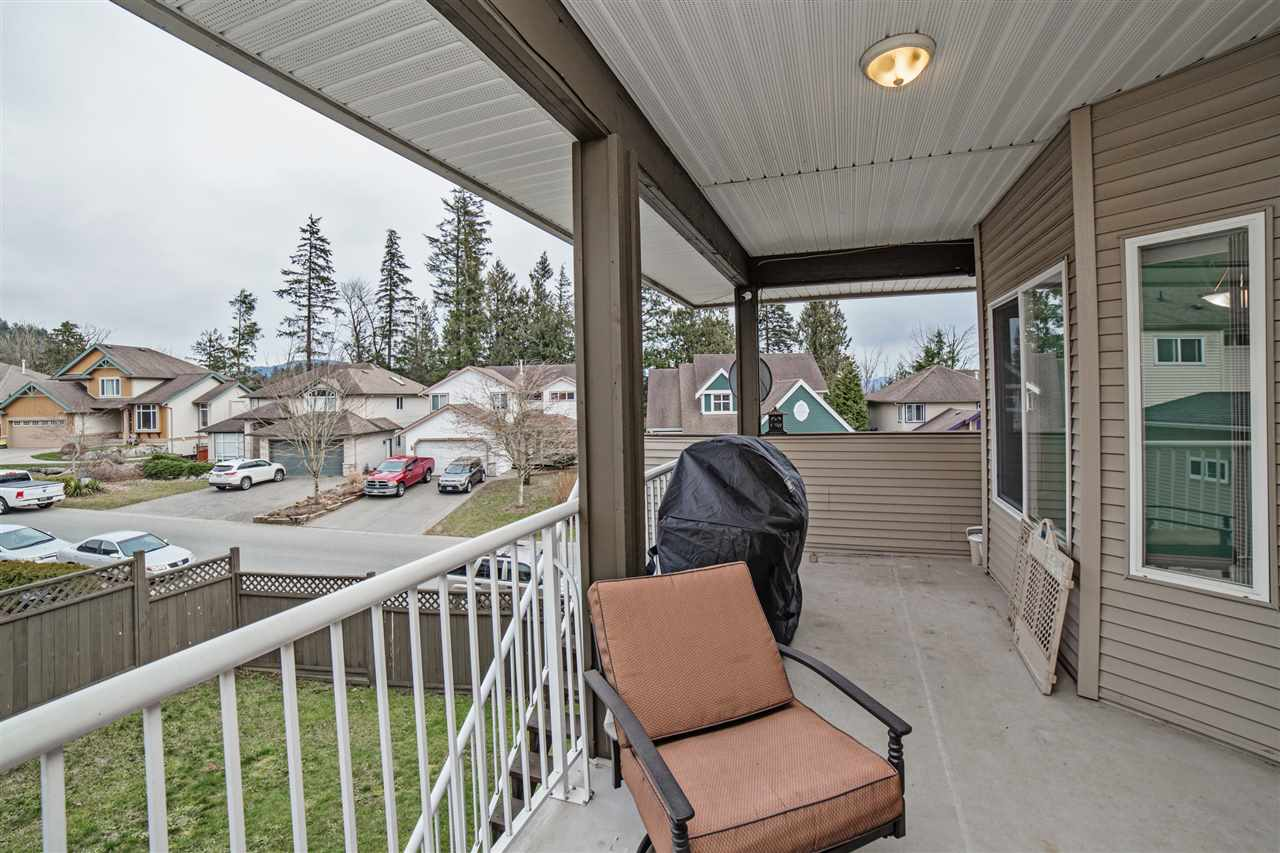 "Photo 18: Photos: 7980 D'HERBOMEZ Drive in Mission: Mission BC House for sale in ""College Heights"" : MLS® # R2245418"