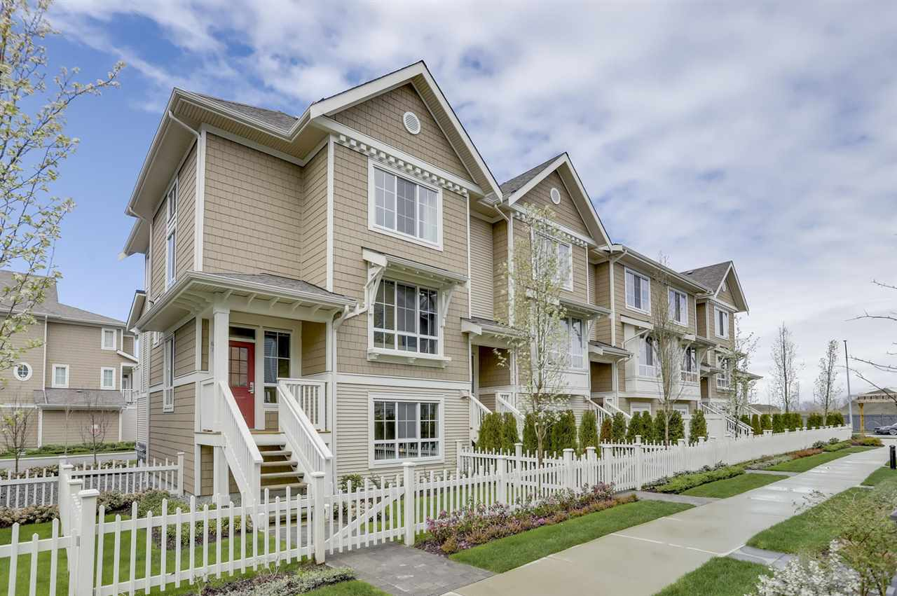 "Main Photo: 67 5510 ADMIRAL Way in Delta: Neilsen Grove Townhouse for sale in ""CHARTERHOUSE"" (Ladner)  : MLS®# R2256400"