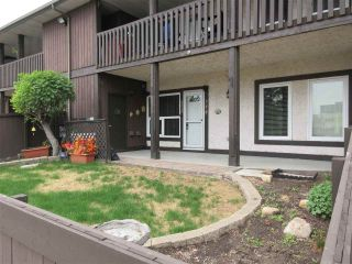 Main Photo: 134 SURREY GARDENS in Edmonton: Zone 20 Carriage for sale : MLS®# E4111672