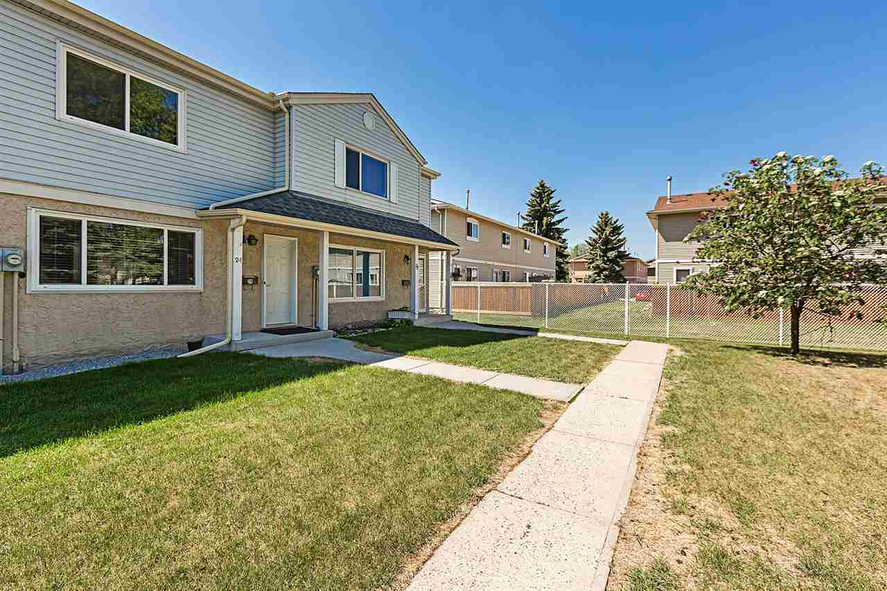 Main Photo: 24 2030 Brentwood Boulevard: Sherwood Park Townhouse for sale : MLS®# E4113329