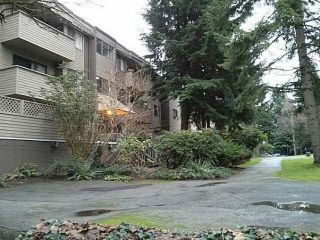 Main Photo: 1 2441 KELLY Avenue in Port Coquitlam: Central Pt Coquitlam Condo for sale : MLS®# R2282853