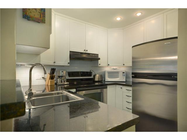 "Photo 4: 104 1082 W 8TH Avenue in Vancouver: Fairview VW Condo for sale in ""LA GALLERIA"" (Vancouver West)  : MLS(r) # V916450"