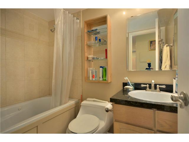 "Photo 8: 104 1082 W 8TH Avenue in Vancouver: Fairview VW Condo for sale in ""LA GALLERIA"" (Vancouver West)  : MLS(r) # V916450"