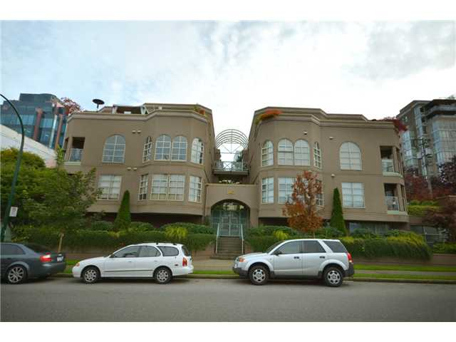 "Main Photo: 104 1082 W 8TH Avenue in Vancouver: Fairview VW Condo for sale in ""LA GALLERIA"" (Vancouver West)  : MLS(r) # V916450"