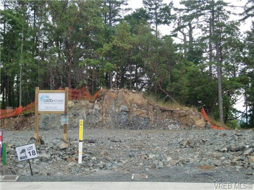 Photo 2: 3677 Coleman Place in Victoria: Co Latoria Residential Land for sale (Colwood)  : MLS(r) # 298117